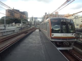 東横線中目黒駅10000<br />  系